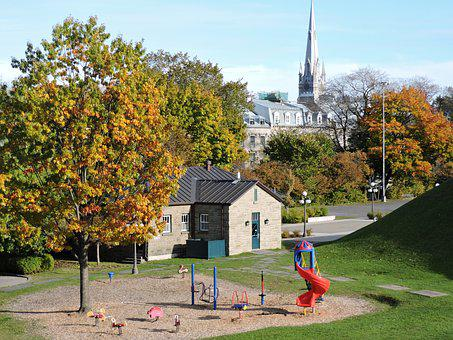 Tree, Outdoors, Architecture, Fall, House, Park, Quebec