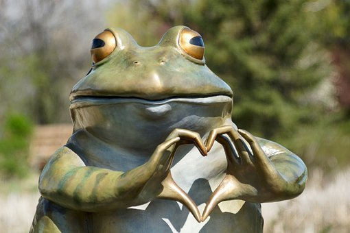 Frog, Heart, Sculpture, Silly, Love, Nature, Animal