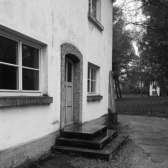 House, Dachau, Concentration Camp, Entrance, Door
