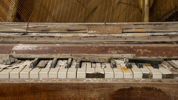 Piano, Broken, Destroyed, Old, Music, Instrument, Dirty