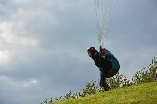 Paragliding, Paraglider Takes To The Skies