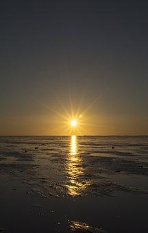 Sunset, Sun, Dawn, Body Of Water, Sea, Wadden Sea