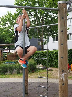 Climb, Klettergerüst, Kindergarten, Child, High