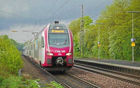 Regional-express, The Moselle Range, Gewitterstimmung