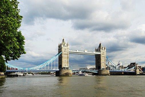 Great Britain, London, Tower Bridge, The River Thames