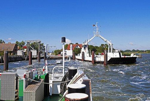 Rügen Island, Wittower Fähre Ferry, Bodden, Drop