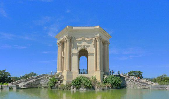 Montpellier, Peyrou Water Castle, France, Architecture
