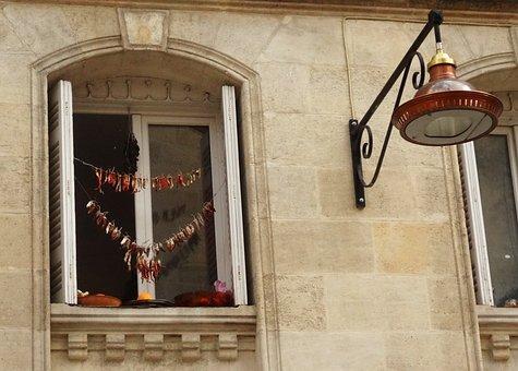 Bordeaux, Chillies, Chilli Decoration