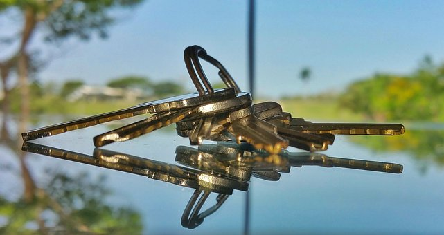 Key Holder, Glass Reflection, Keys, Macro, Reflect