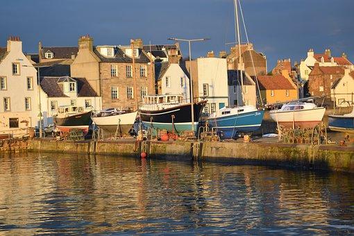 Scotland, Fife, East Neuk, St Monans, Harbour, Fishing