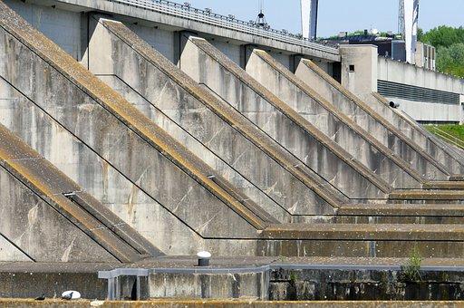 Danube Sluice, Blocking Factory, Overflow, Enormous