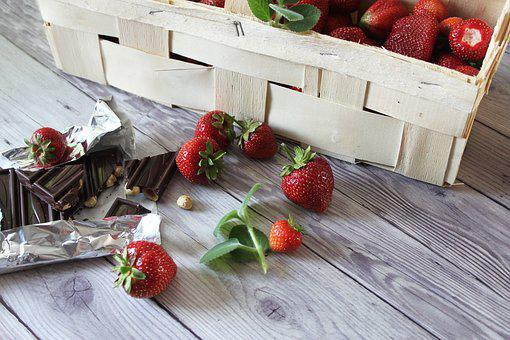 Strawberries, Chocolate, Kobiałka, Dessert, Fruit