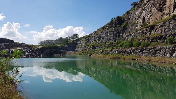 Lake, Quarry