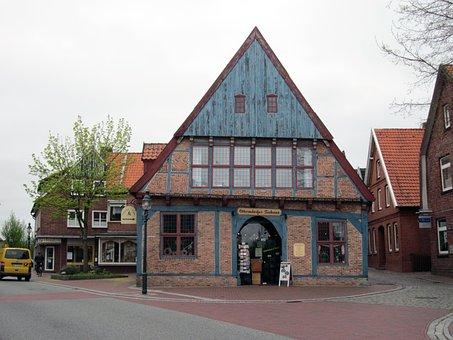 Otter Village, Tea House