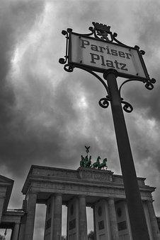 Brandenburg Gate, Paris Burst, Berlin, Germany