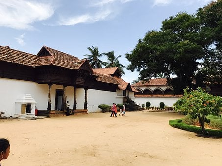 Padmanbapuram Palace, Nature, Heritage, King's Building