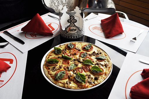 Pizza, Lunch, Table, Restaurant, Delicious, Food