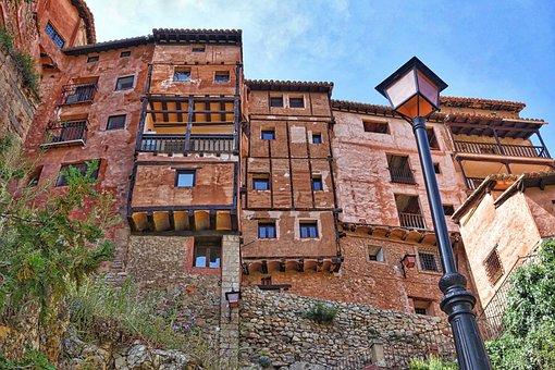 Albarracin, Aragon, Houses, Pretty, Roadway