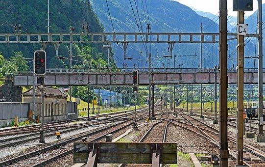 Gotthard Line, Erstfeld, Exit South, Steep Track