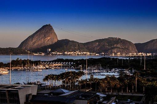 Sugar Loaf Pão De Açúcar, Rio De Janeiro, Brazil, Beach