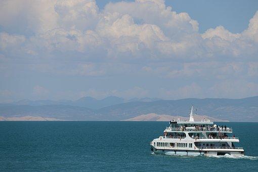 Yacht, Qinghai Lake, Blue Sky