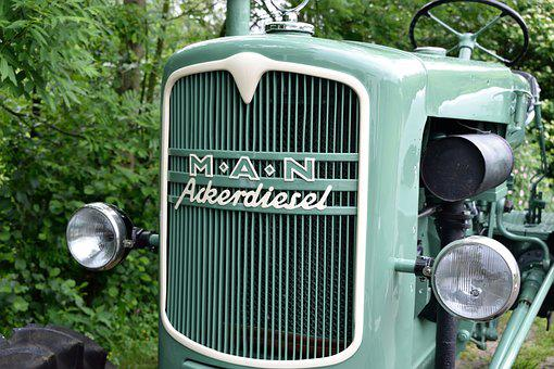 Tractor, Old