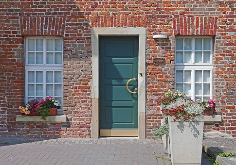 Old House, Modern Door, New Window, Wasserburg, Annex
