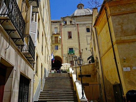 Sardinia, Cagliari, Old Town, Space