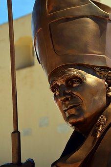 Pope, John Paul, Statue, Bronze, View, Distant, Forward