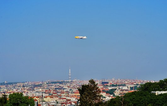Airship, Prague, Czechia, Zeppelin, Cityscape, City