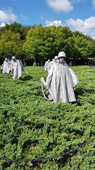 Korean Veterans War Memorial, The Korean War