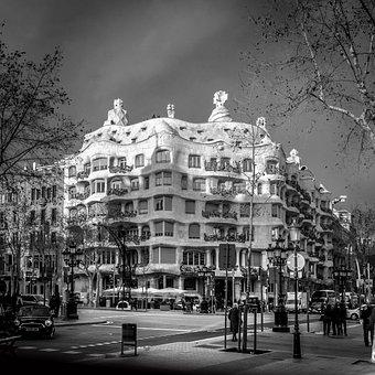 Barcelona, Antoni Gaudi, Architecture, Building, Spain