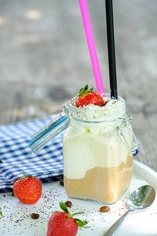 Eiscafe, Iced Coffee, Coffee, Strawberries, Cream, Ice