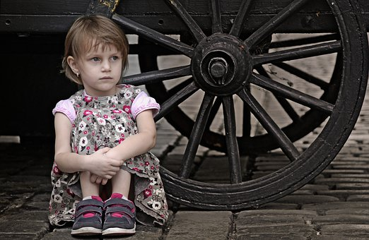 Baby, Chariot, The Little Girl, Street, Portrait, View
