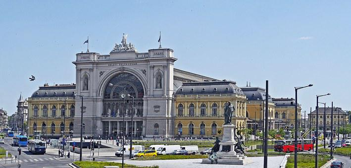 Budapest, Eastern Railway Station, Main Portal