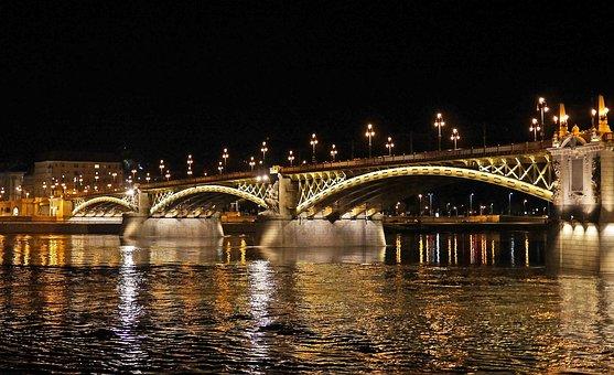 Budapest At Night, Margaret Bridge, Illumination