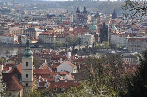 Prague, Moldova, Historically, Prague Castle