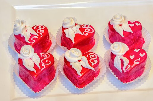 Tart, Cake, Candy, Decoration, Frosting, Cream, Red