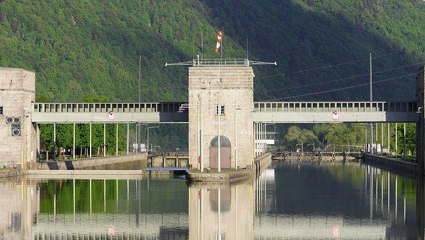 Danube Sluice, Gateway, Upper Water, Jochen Stone