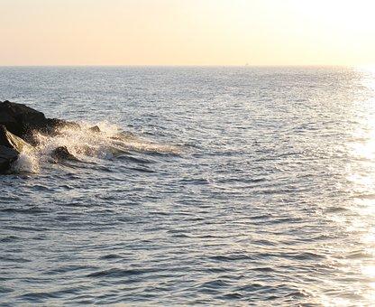 Sea, Ocean, Baltic Sea, Wave, Spray, Sun, Sunlight