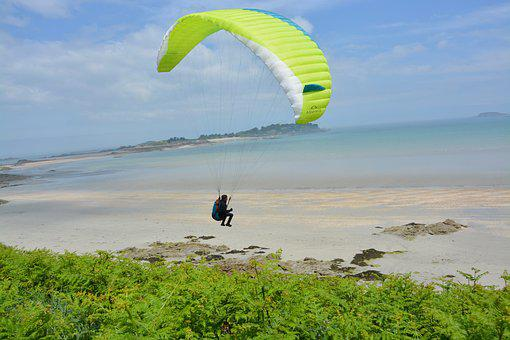 Paragliding, Paraglider, Flying In The Face Of The Sea