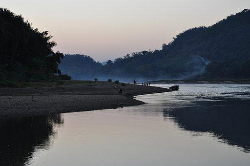 Asia, Mekong River, Luang Prabang, Laos, Evening