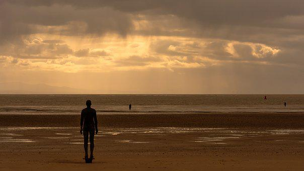 Crosby Beach, Steel Man, Steel Sculpture, Shower