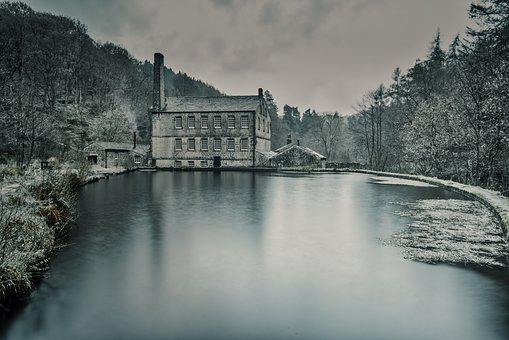 Gibsons Mill, Hardcastle Crags, Yorkshire, Mill Pond