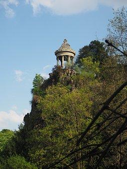 Temple Sybille, Parc Des Buttes-chaumont, Park, Paris
