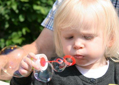 Child, Soap Bubbles, Fun, Face, Funny, Girl