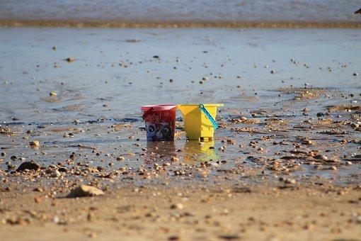 Bucket, Colors, Beach, Mar, Rocks, Stones, Beira Mar
