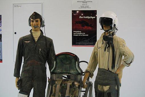 Pilots, Museum, Exhibition, Mannequins, Pilot Must