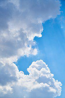 Cloud, Vertical, Blue, Atmosphere, Oxygen, Clean, Day