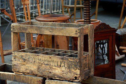Fund, Wooden Crate, Wood, Cashier At Bottles